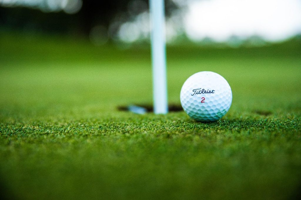 Top Factors to Consider When Choosing Your Golf Ball